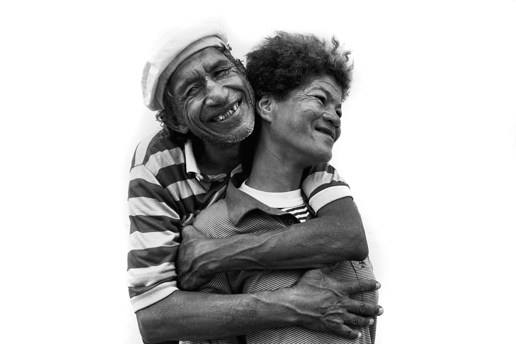 happy-homeless-couple-new-website